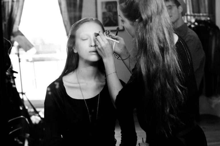 ANNYCK_31.10.12_MAKINGOF_EDITORIAL_MonaJansen_MakeupArtist_Berlin_VeineMagazine_4